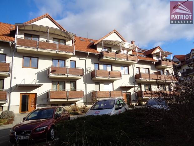 Pronájem bytu 3+1 s garáží Samotišky - Zahradní - REZERVACE