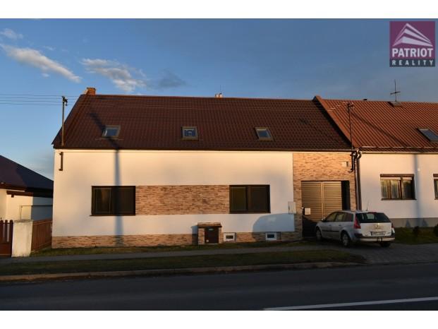 Prodej rodinného domu  Kožušany - Tážaly